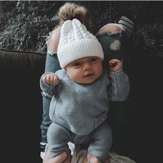 Outstanding baby arrival info are offered on our internet site. Have a look and you wont be sorry you did. Little Babies, Cute Babies, Baby Model, Foto Baby, Cute Baby Pictures, Baby Arrival, Everything Baby, Baby Family, Baby Kind