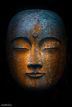 round.bronze.Buddha | Flickr - Photo Sharing!