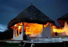 Shompole Lodge - un resort idilic în Kenya Nairobi, Outdoor Beds, Outdoor Decor, Villas, Rustic Chic, Shabby Chic, Beautiful Modern Homes, Peaceful Home, Interior Design Advice