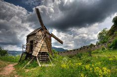 Деревянная ветряная мельница в Белоградчике #Болгария