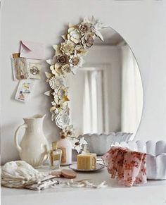 miroir-fleurs-boite-oeufs.jpg (360×444)