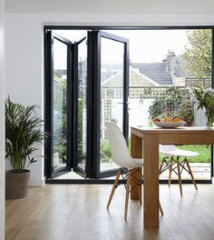 39 Ideas glass door design decks for 2019 Wooden Bifold Doors, Sliding Glass Door, Bifold Glass Doors, Bifold Doors Onto Patio, Kitchen Patio Doors, Kitchen Bifold Doors, Bifold Exterior Doors, Bi Folding Doors Kitchen, Door Decks