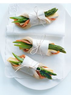 salmon, brie and asparagus fingers
