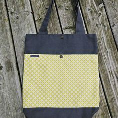 *shine* #lumibag #totebag  #stofftasche #gelb #yellow #selbstgemacht #handmade #withlove #bag #tasche #diy #nähen #sew #sewing #nähenmachtglücklich  bag@lumiqi.com * www.lumiqi.com With Love, Dory, Reusable Tote Bags, Photo And Video, Instagram, Bags, Yellow, Homemade