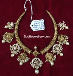 Antique Kanthi Choker with Peacock Motifs photo
