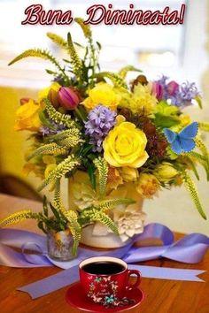 Morning Greeting, Emoji, Table Decorations, Hip Bones, Spring, Good Morning, The Emoji, Emoticon, Dinner Table Decorations