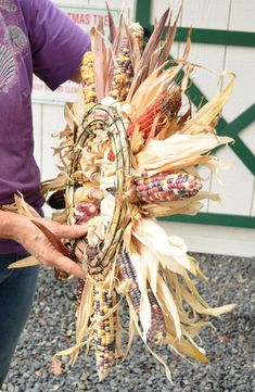 Large Indian Corn Wreath Natural Indian corn fall by EdwardsFarm Indian Corn Wreath, Wheat Centerpieces, Autumn Decorating, Decorating Ideas, Decor Ideas, Farm Day, Rustic Fall Decor, Fall Arrangements, Velvet Pumpkins