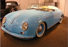 Love the baby blue with the white walls Image detail for -Porsche 356 Speedster Bild - Auto Pixx Porsche 356 Outlaw, Porsche 356 Speedster, Porsche 356a, Porsche Cars, Porsche Classic, Classic Cars, Retro Cars, Vintage Cars, Chevy Impala