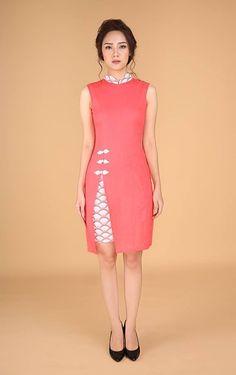 Red Slit Dress | Joli Pretty Modern Cheongsam/ Qipao. Chitenge Dresses, Red Slit Dress, Cheongsam Modern, Asian Fashion, Chinese Fashion, Girl Outfits, Fashion Outfits, Cheongsam Dress, Batik Dress