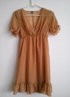 Kup mój przedmiot na #vintedpl http://www.vinted.pl/damska-odziez/krotkie-sukienki/9170903-zwiewna-sukienka-w-groszki