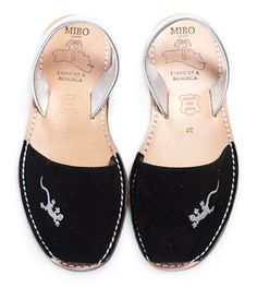 $22,90 (precio en €) Abarcas Menorquinas Chic Lizard Menorca, Miraculous Ladybug, Slippers, Flats, Shoes, Fashion, Shopping, Shoes Sandals, Zapatos