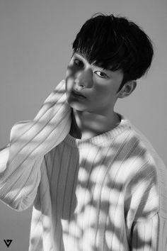 Dark SEVENTEEN Teaser Photos Jun (준) © Twitter, 세븐틴 (SEVENTEEN) (@pledis_17)