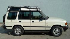 Land Rover Discovery Series I Roof Racks Lander Rover, Land Rover Discovery 1, Rock Sliders, Roof Rails, Landing, Dream Cars, Jeep, Vehicles, Architecture