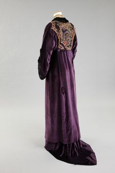 Evening Coat, Madame Marguerite: ca. 1910-1915, silk velvet, embroidered, net, lace, covered buttons, fringe.
