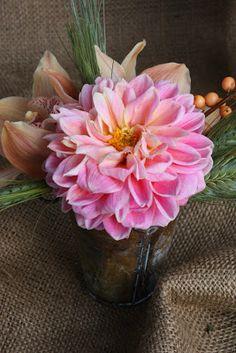 BLUSH floral design: Dahlias!