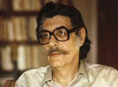 Μανόλης Αναγνωστάκης (1925 – 2005): Ένας από τους κορυφαίους ποιητές της πρώτης μεταπολεμικής γενιάς. Ποιητής με πολιτική συνείδηση, φυλακίστηκε και καταδικάσθηκε σε θάνατο για τις ιδέες του και χαρακτηρίστηκε ως ο «ποιητής της ήττας»...