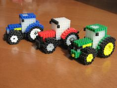 トラクター各種 Blue : New Holland Red : Massey Ferguson Green : John Deere