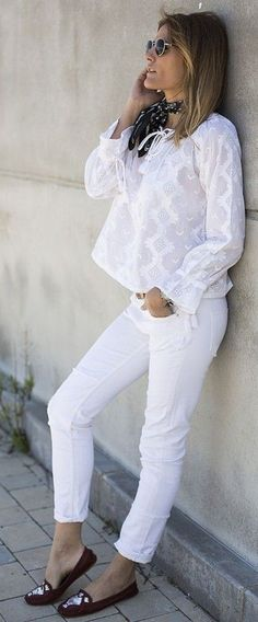 #street #style #fashion #fblogger #spring #outfitideas | Total White Uncategorized | Guiadeestilo