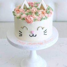 Ideas for cake ideas cat birthday parties Birthday Cake For Cat, Birthday Cupcakes, Birthday Parties, Birthday Kids, Little Girl Birthday Cakes, Cat Themed Parties, Unique Birthday Cakes, Birthday Snacks, Flower Birthday