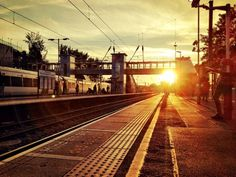 West Hampstead sunset at the Thameslink station snapped by Steven Tart in September 2014