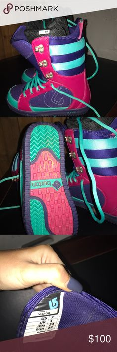 Women's Burton Snowboard Boots size 7 These boots were barely worn,purchased a few winters back! My feet grew and I can no longer fit into them. Super cute colors! Comes with padded lining that's removable. Burton Shoes Athletic Shoes