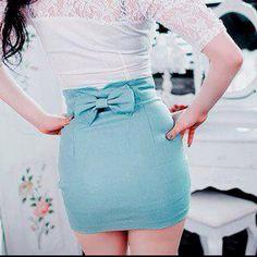 aqua bow skirt aww!