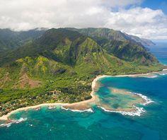 Kauai, Hawaii 50 Best Honeymoon Destinations for 2011 - Honeymoon Planning - Honeymoon Basics Honeymoon Spots, Honeymoon Planning, Best Honeymoon, Honeymoon Destinations, Amazing Destinations, Hawaii Honeymoon, Honeymoon Ideas, Vacation Spots, Wedding Planning