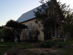 Wildrose Retreat on a Spring evening. Romantic Texas Getaway cottage. #staroftxbb #bedandbreakfast