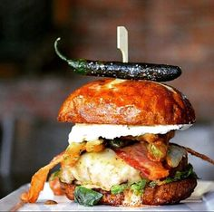 """""""Fear the Reaper"""" burger! glaze, ghost pepperjack cheese, fried jalapenos, bacon and creamcheese aioli on a buttermilk bun. Take my money. ⠀⠀⠀⠀⠀⠀⠀ ✏: #foodlikewhoa #macallanspub ⠀⠀⠀⠀⠀⠀⠀ : @macallanspub⠀⠀⠀⠀⠀⠀⠀ : @macallanspub⠀⠀⠀⠀⠀⠀  TAG YOUR FRIENDS  ⠀⠀⠀⠀⠀⠀⠀"""