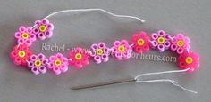 perles hama fleurs bracelet