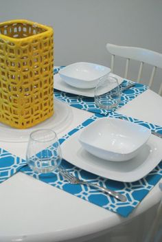DIY placemats - love that she used outdoor fabric (stain-resistant and waterproof - just wipe them off after use!)
