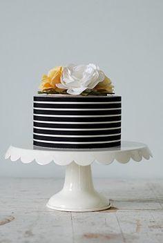 wish this was my wedding cake