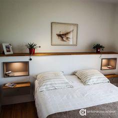 Tête de lit sur-mesure avec niches de rangement éclairées dans le Morbihan. Retrouvez toutes nos réalisations sur www.antoinedecasteras.com Interior Design, Bedroom Decor, Furniture, Bed Design, Home, Home Bedroom, Home Decor, Room, Bed Frame Design
