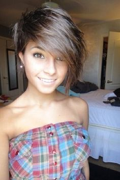 wanna give your hair a new look? Short messy hairstyles is a good choice for you. Here you will find some super sexy Short messy hairstyles, Find the best one for you, Cut My Hair, New Hair, Your Hair, Messy Hairstyles, Pretty Hairstyles, Teenage Hairstyles, Cropped Hairstyles, Undercut Hairstyle, Hairstyle Short