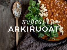 One pot -pasta – helppo kasvisruoka Härkiksestä Pot Pasta, Moussaka, Joko, Coleslaw, Feta, Paleo, Beans, Food And Drink, Vegetables