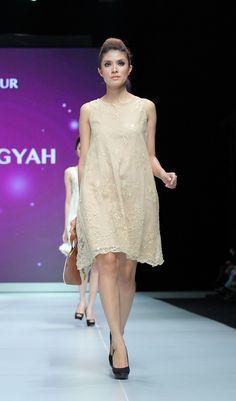 IFW 2013 # 223 Suheni Estuningyah – Classic Romantic Indonesia Fashion Week, Lace Skirt, Romantic, Classic, Skirts, Cute, Dresses, Derby, Vestidos