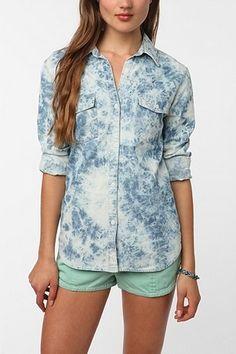 byCORPUS Acid Wash Chambray Button-Down Shirt