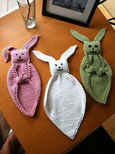 Ravelry: Bunny Blanket Buddy (knit) pattern by Lion Brand Yarn Ravelry: a great place to learn all about crafting using wool for knitting, crochet, and other needlecrafts. This is the Bunny Blanket Buddy - Knit pattern by Lion Brand Yarn Bunny blanket bud Bunny Blanket, Blanket Yarn, Knitted Blankets, Lovey Blanket, Double Knitting, Loom Knitting, Free Knitting, Knitting Toys, Baby Toys