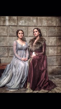 I Medici Renaissance Costume, Renaissance Clothing, 15th Century Fashion, Medici Masters Of Florence, Medieval Dress, Medieval Fantasy, Cosplay Outfits, Tv Series, Casual Dresses