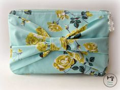 Christmas Sewing ~ Bow Clutch ~ Stitch Gifts 2014