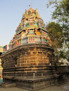 Uttar Rameswaram Temple in Chennai - Chola era architecture  #IndianColumbus  http://indiancolumbus.blogspot.com/2016/05/porur.html
