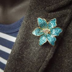 Add a splash of colour with this Tropic Orchid Brooch  #craft365.com