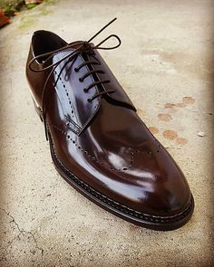 Handmade leather shoes for sale Slip On Shoes, Men's Shoes, Dress Shoes, Big Man Suits, Handmade Leather Shoes, Leather Skin, Big Men, Penny Loafers, Crocodile