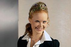 Nahe Weinkönigin Nadine Poss. Ein Porträt über sie auf http://weine.inbrd.de/content/weink%C3%B6nigin-nahe-2012-2013-nadine-poss