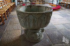 Taufstein in der Aa Kirche in Aakirkeby, Bornholm #taufstein #aakirche #aakirke #aakirkeby #bornholm