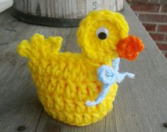Gehäkeltes Osterei Ente gemütlich Spaß von MalindasDesigns auf Etsy