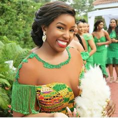 Here comes the bride! Elizabeth 💚😣 Kente- Dress- Groommen's Attire- African Fashion Designers, African Print Fashion, Africa Fashion, African Fashion Dresses, African Prints, Ghana Wedding Dress, African Wedding Dress, Ghana Traditional Wedding, Traditional Wedding Dresses
