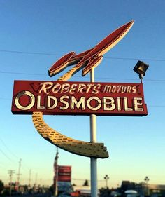 Roberts Oldsmobile, transportation means for space age