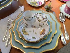 Anna Weatherley Anna's Palette Aqua Green. Aqua Green is the #1 seller in the Anna's Palette colors. Anna Weatherley's hand painted strawberry dish on top of the Aqua Green place setting is a fabulous addition to the table.