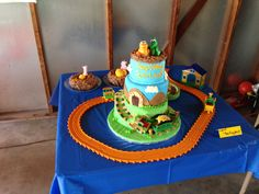 Dinosaur train party cake